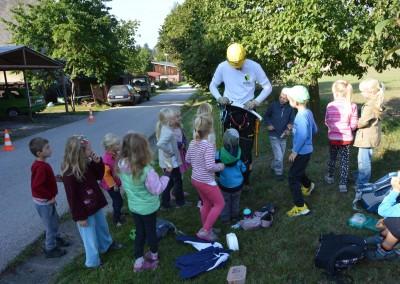 Představujeme obor stromolezení školákům ze školy NA horu Jilemnice (2)